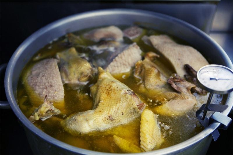 鍋スープ写真